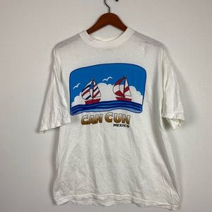 Vintage Can Cun Mexico T-shirt